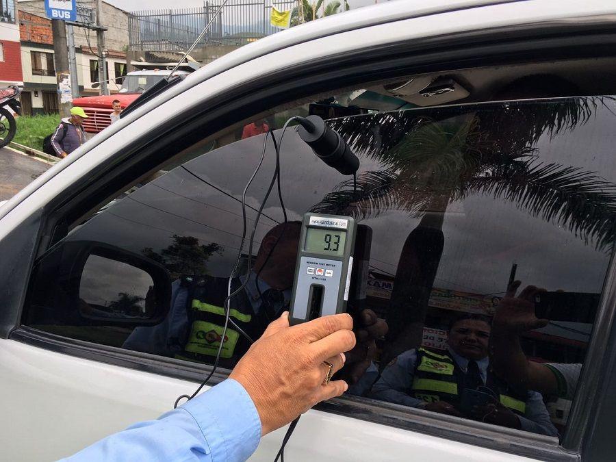 Recuerde  Agentes de tránsito no podrán poner multas a primera vista por  vidrios polarizados – La Cabrilla 543af3964f