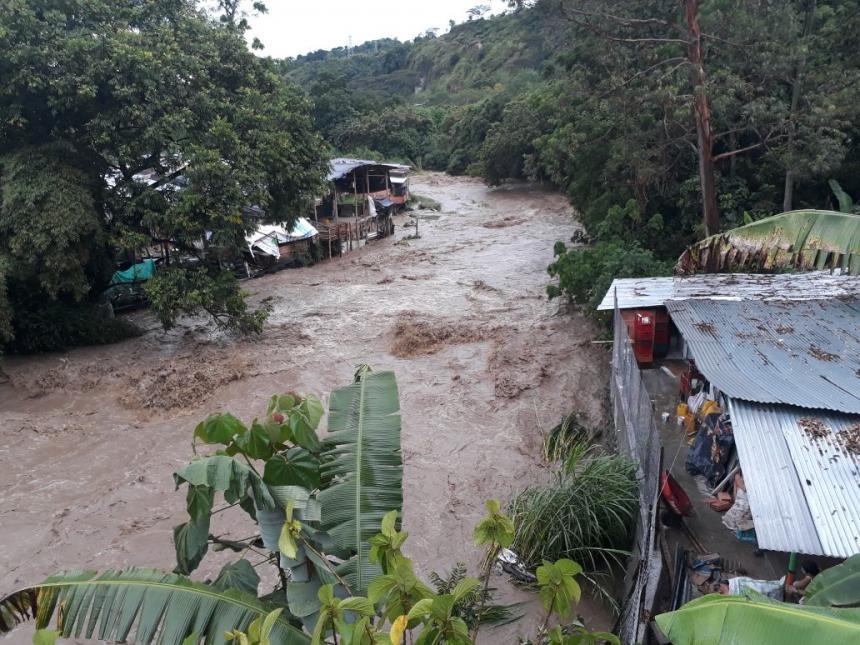 Aguacero de este viernes afectó a 30 sectores de Ibagué