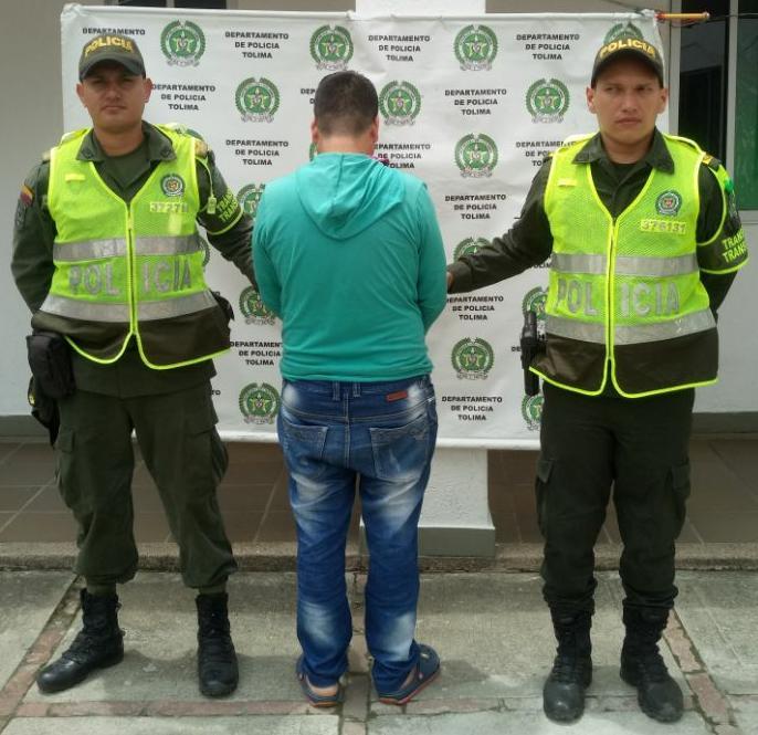 Capturaron a hombre que intentó sobornar con $20.000 a policías en Natagaima