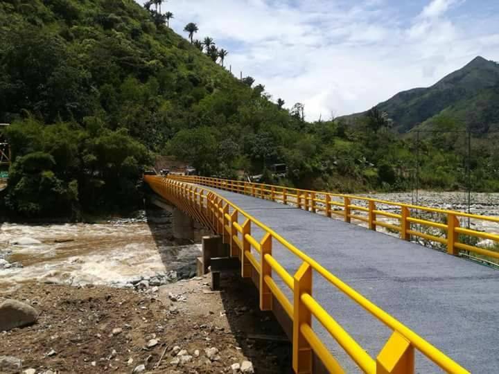 Puente sobre el río Cambrín será inaugurado este domingo