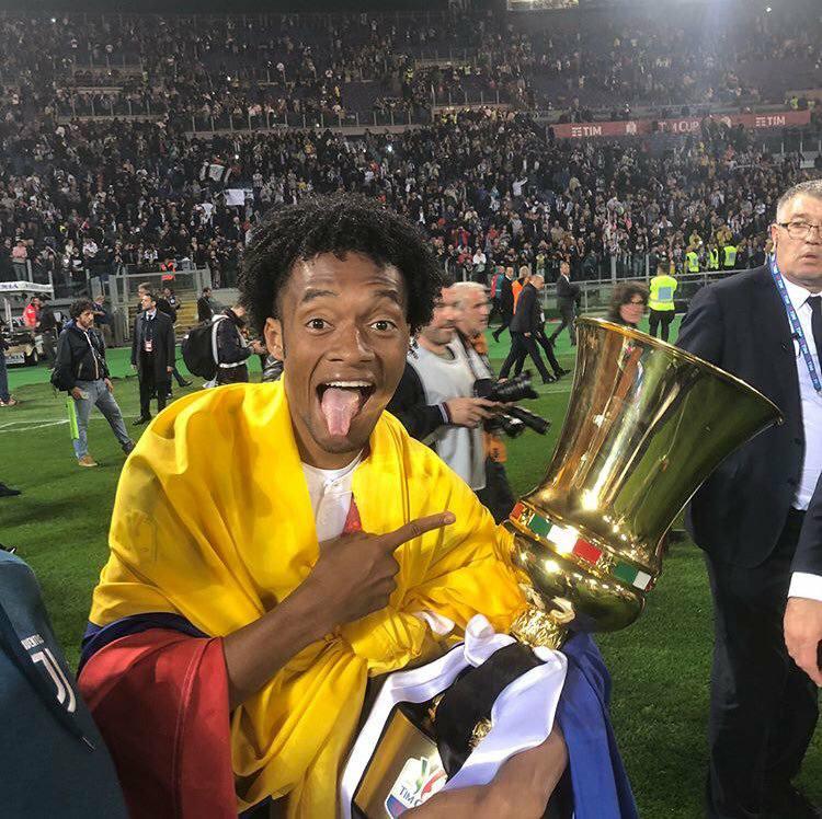 Cuadrado, campeón de la Copa Italia con Juventus