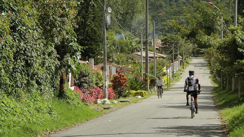Garantizan prestación del servicio de transporte público en el Cañón del Combeima