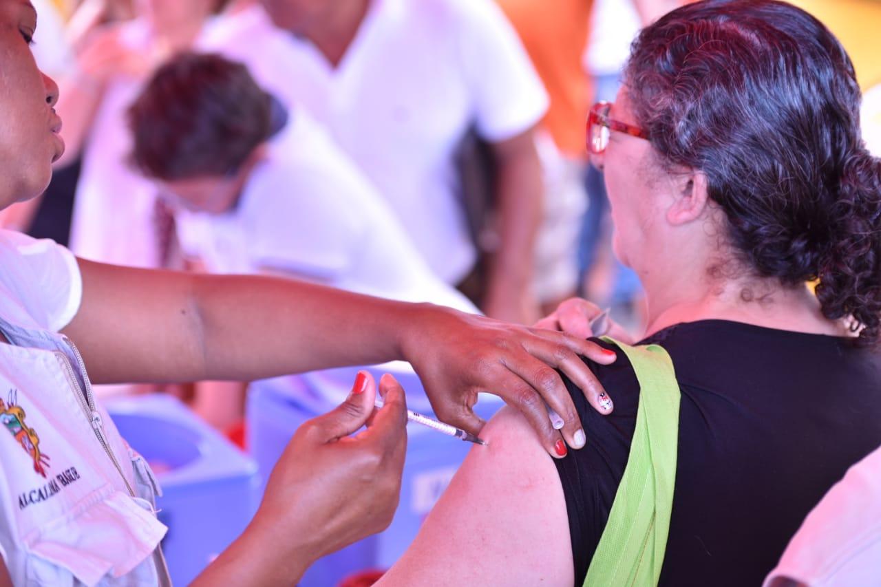 Tolima alcanzó el 81% de dosis aplicadas. Se esperan más vacunas contra el Covid
