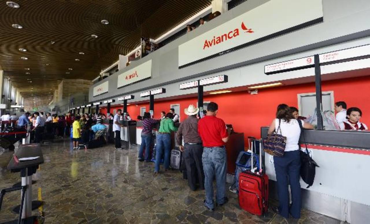 Suspendido el ingreso de pasajeros internacionales por 30 días