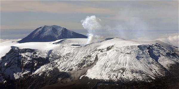 Photo of Advierten de cambios en la actividad volcánica del Nevado del Ruiz