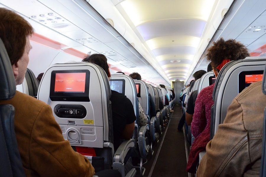 EE.UU. recomienda no viajar a Colombia por situación de orden público y coronavirus