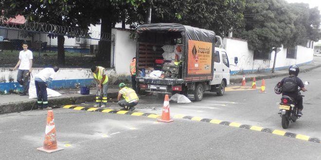 """""""Los reductores son para disminuir muertes de peatones"""": Secretránsito"""