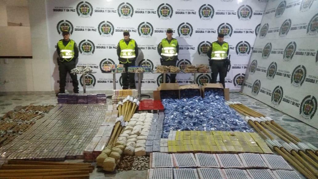 Policía se incautó de 220 kilos de pólvora en un parqueadero del Centro de Ibagué
