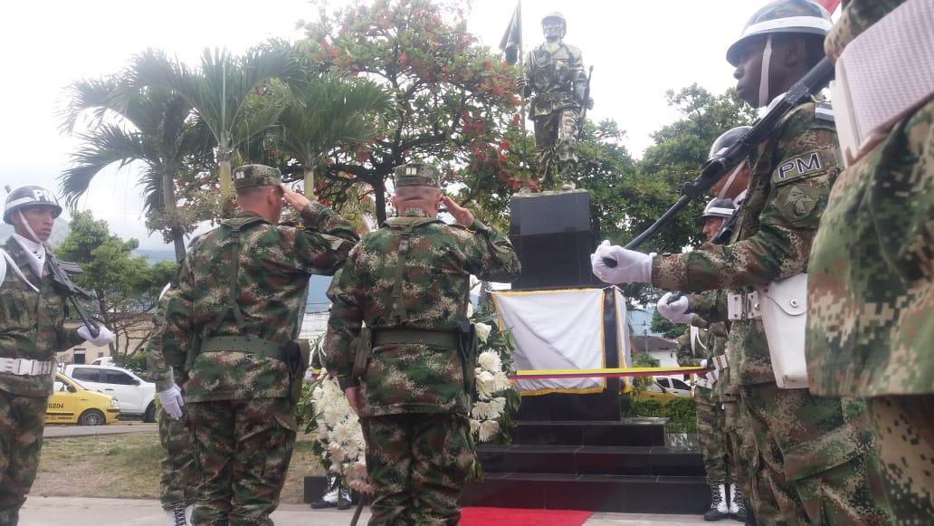 Inaugurado monumento a los 'Héroes del Tolima' en la Terminal de Transporte