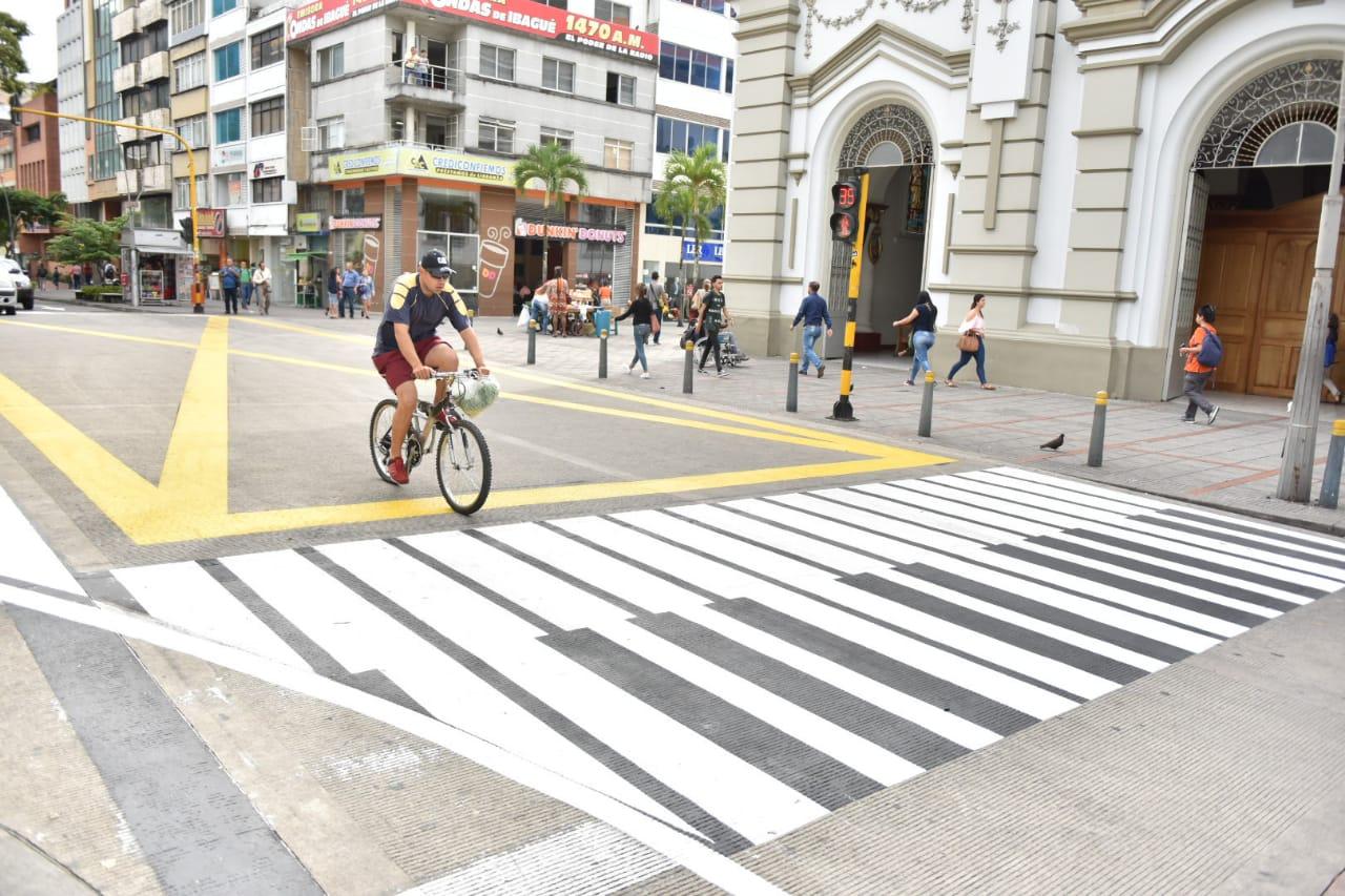 Más de 600 vías principales y barriales han sido señalizadas por la Alcaldía