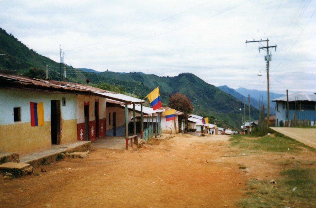 Inversiones históricas en obras y vías del Sur del Tolima