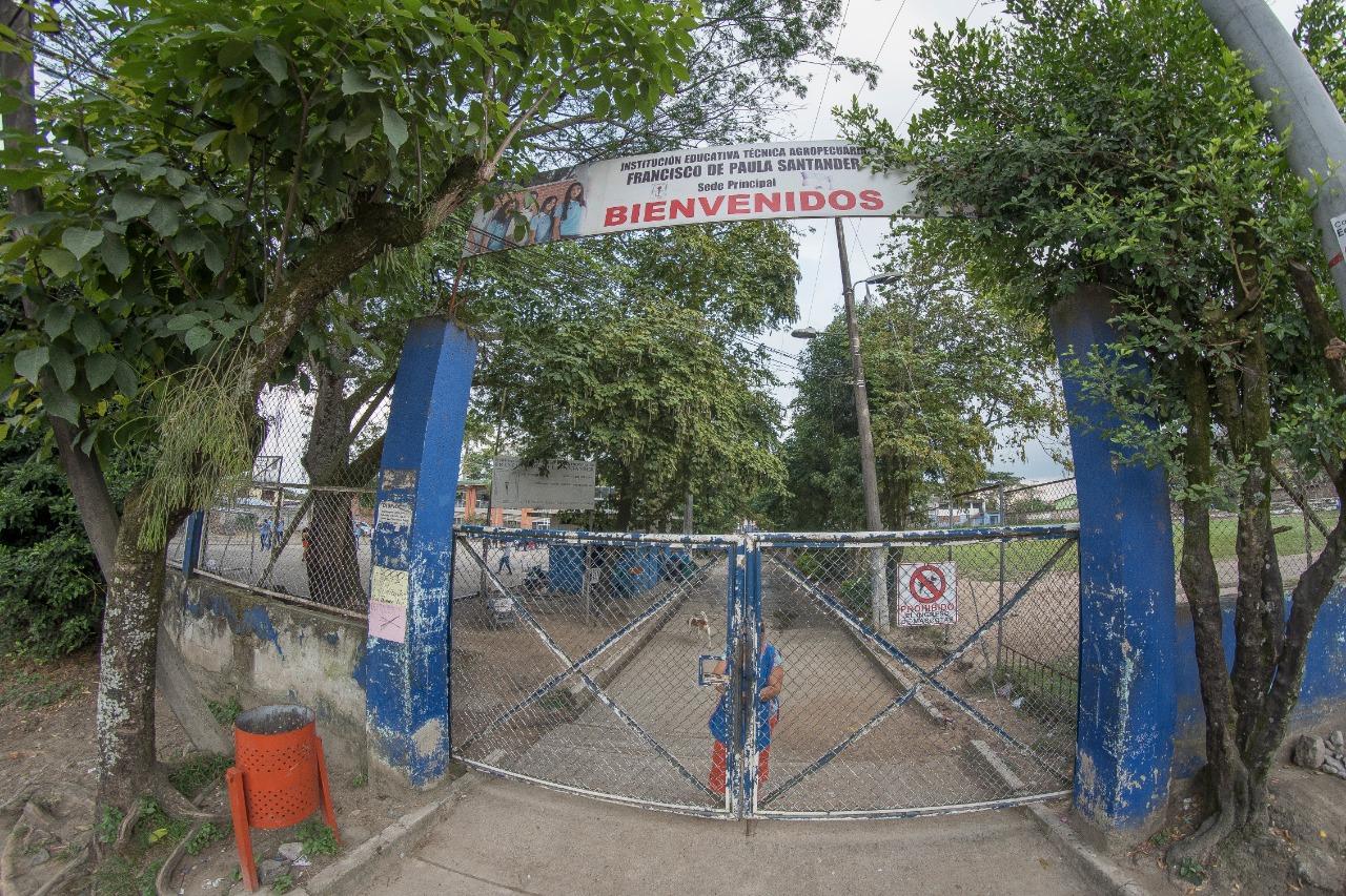 Curadurías expidieron licencias para construir 2 colegios de Jornada Única