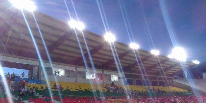 Alcalde y contratistas garantizan nueva iluminación para los partidos de Copa del Deportes Tolima