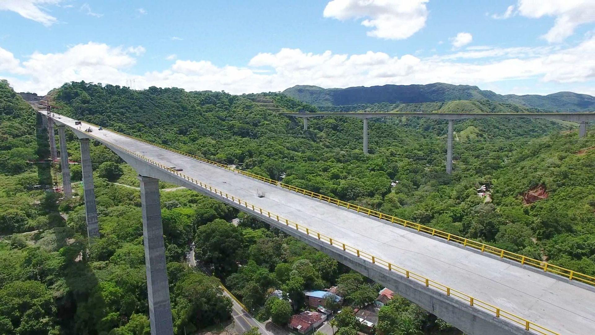 Segundo viaducto de Gualanday, 'a punto' de ser terminado