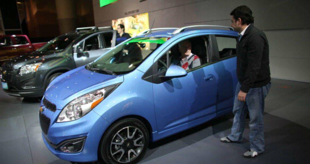 Venta de vehículos cayó en 2,9% en enero en Colombia