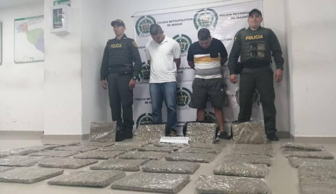 Cayeron con 40 kilos de yerba que iba a ser repartida en barrios de Ibagué