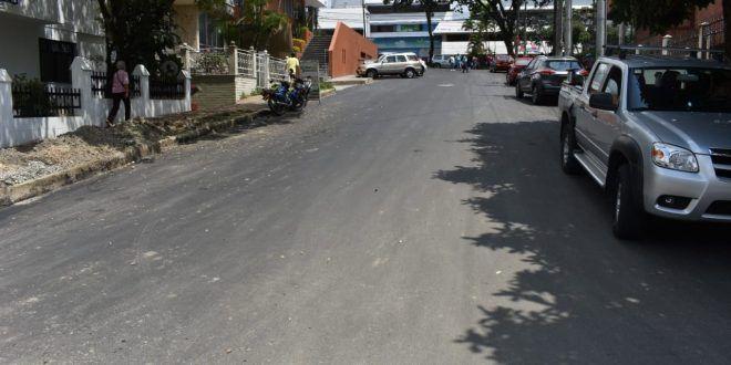 Habilitan 620 metros cuadrados de calle lateral a Los Olivos