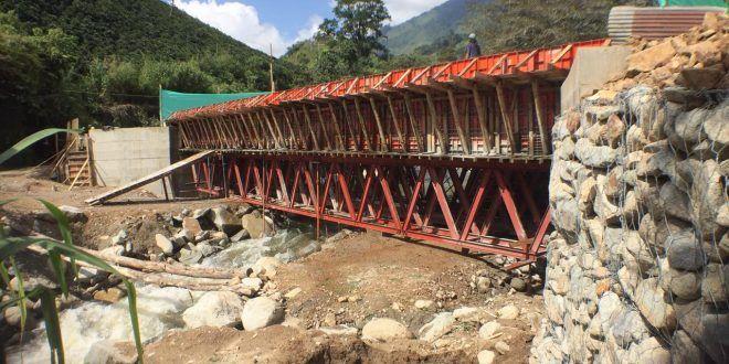 Obras del puente entre Ibagué y Anzoátegui tienen avance del 90 %