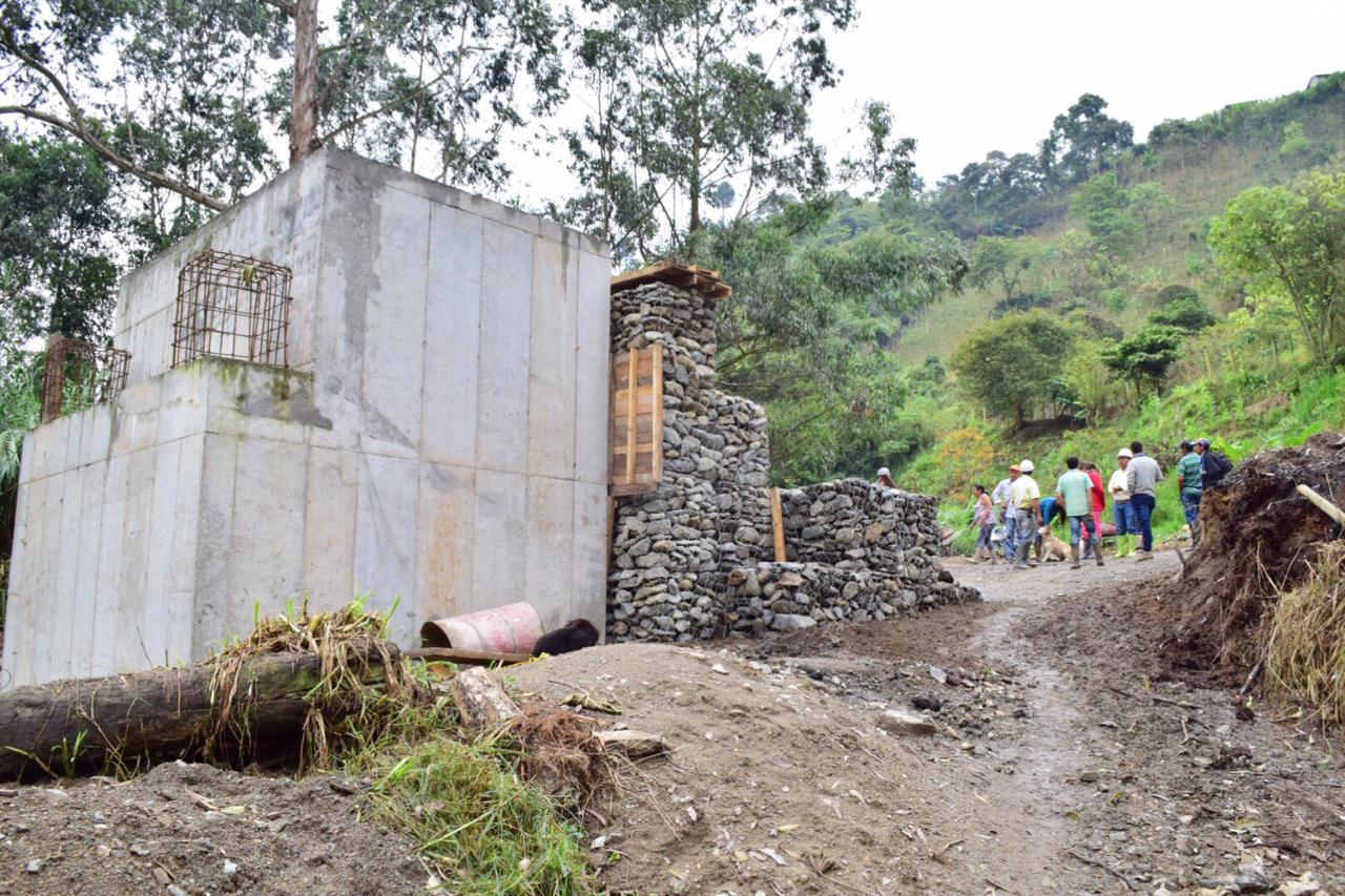 Obras del puente Laureles tienen avance del 50 %