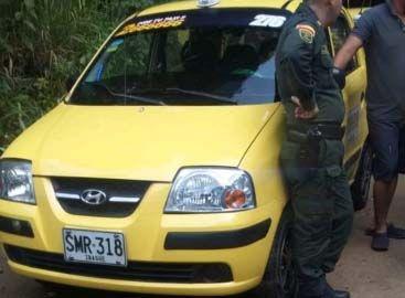Herido taxista en atraco en la vía a Huevos Oro