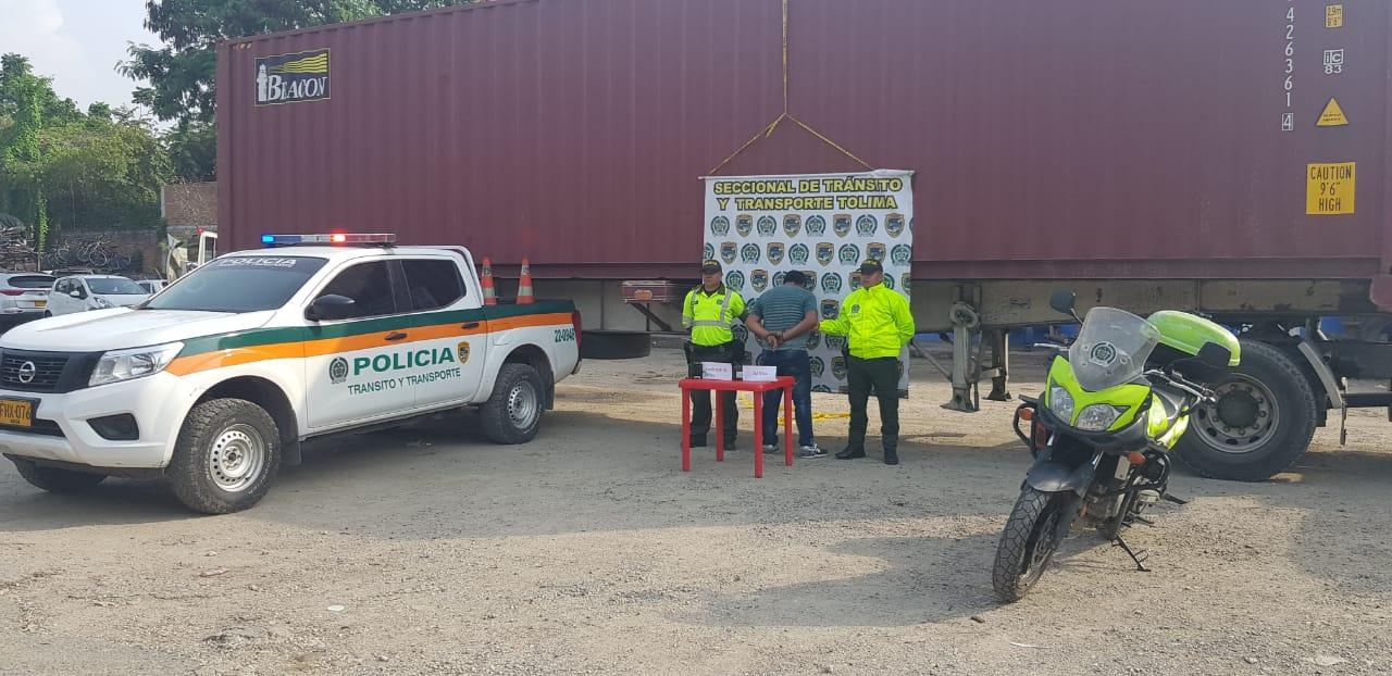 Capturan hombre que habría hurtado camión con mercancía avaluada en 940 millones de pesos