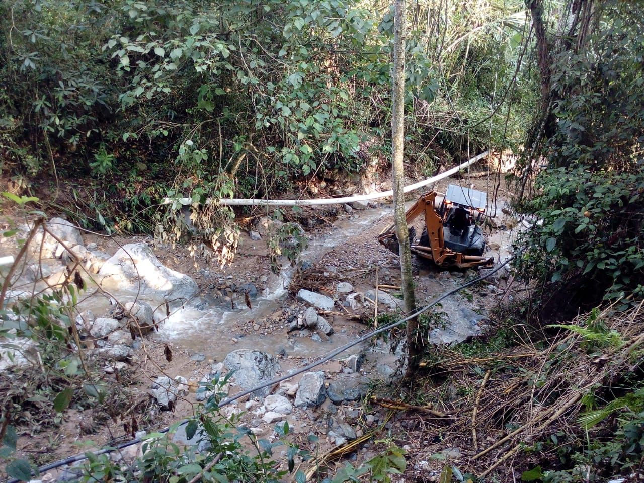 Carrotaque suministrará agua a usuarios afectados por colapso de acueducto en el sur