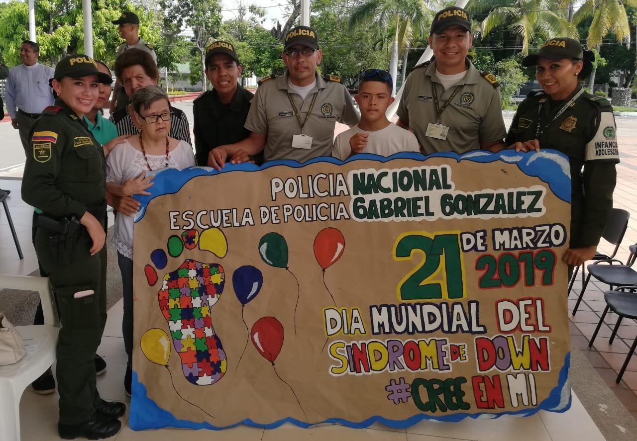 Policía Tolima llevó celebración del día del síndrome de down a jóvenes