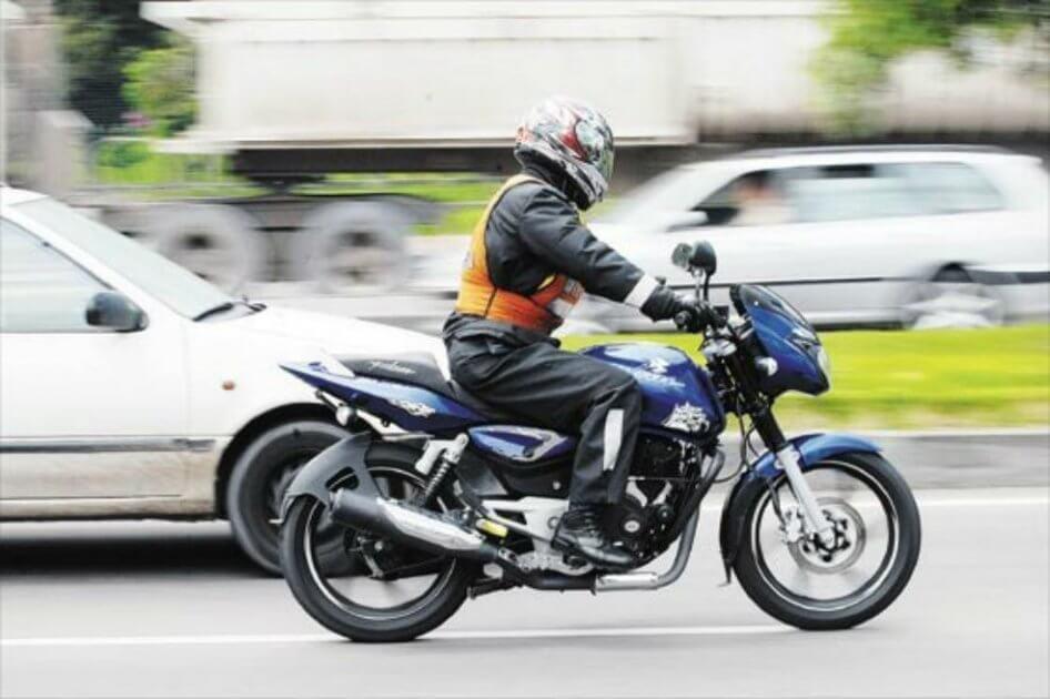 Motociclistas se verían afectados con reforma tributaria por el pago de peajes urbanos