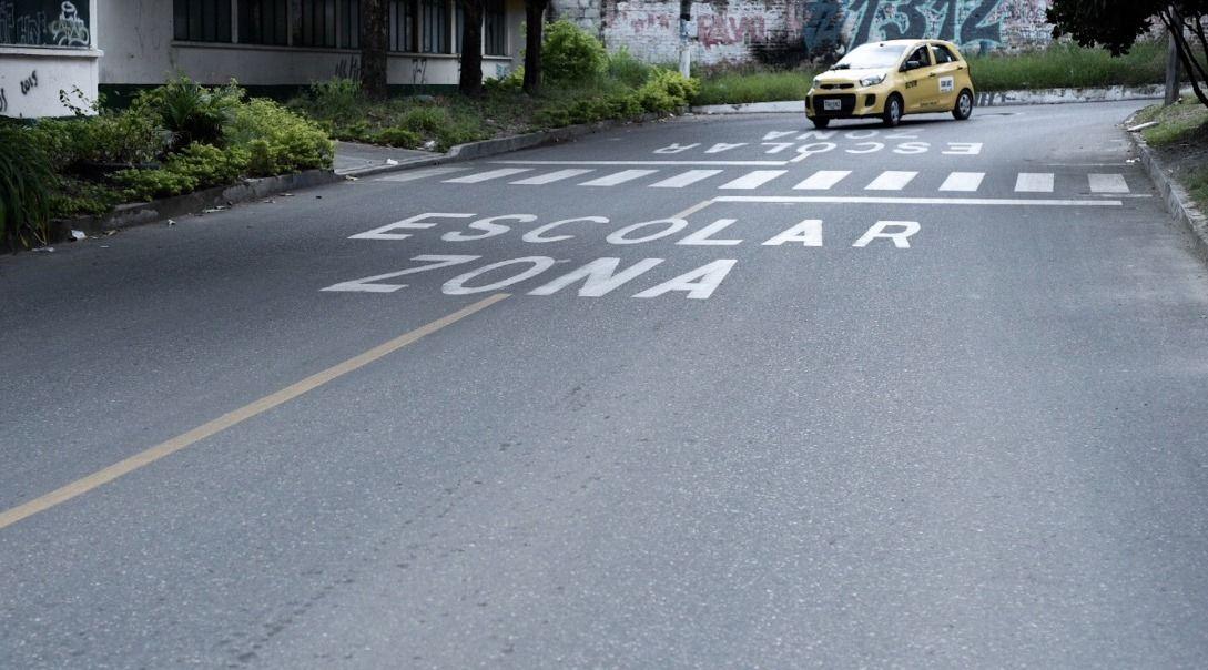Velocidad máxima en zonas escolares es de hasta 30 kilómetros por hora