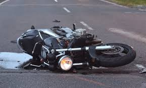 Una persona fallece en accidente de tránsito entre volqueta y motocicleta