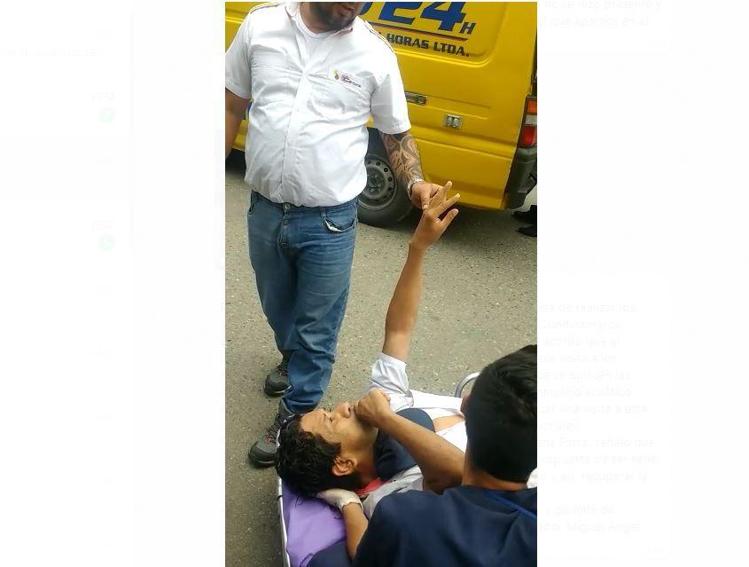 Hombre se cayó de una buseta quedando inconsciente en el pavimento en Ibagué