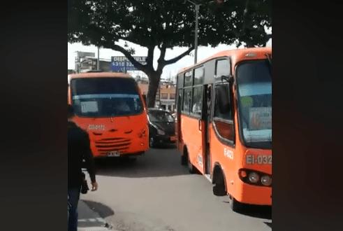 Por una discusión, conductores de servicio público paralizaron el tránsito en la Quinta