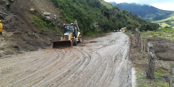 Habilitada la vía Manizales - Fresno, la cual estaba cerrada por derrumbe