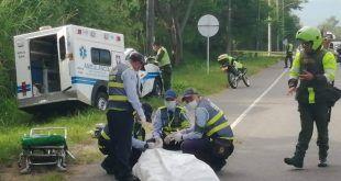Paciente murió dentro de ambulancia que chocó contra un muro en Picaleña