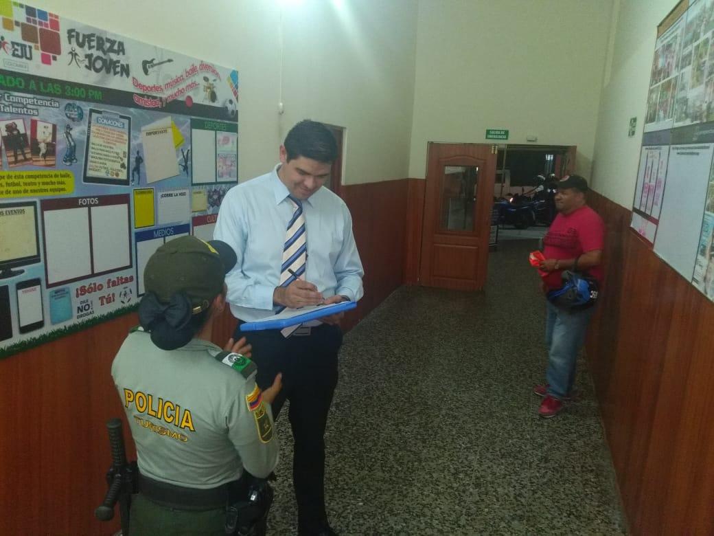 Policía trabaja de la mano con la comunidad y comerciantes del Centro de Ibagué