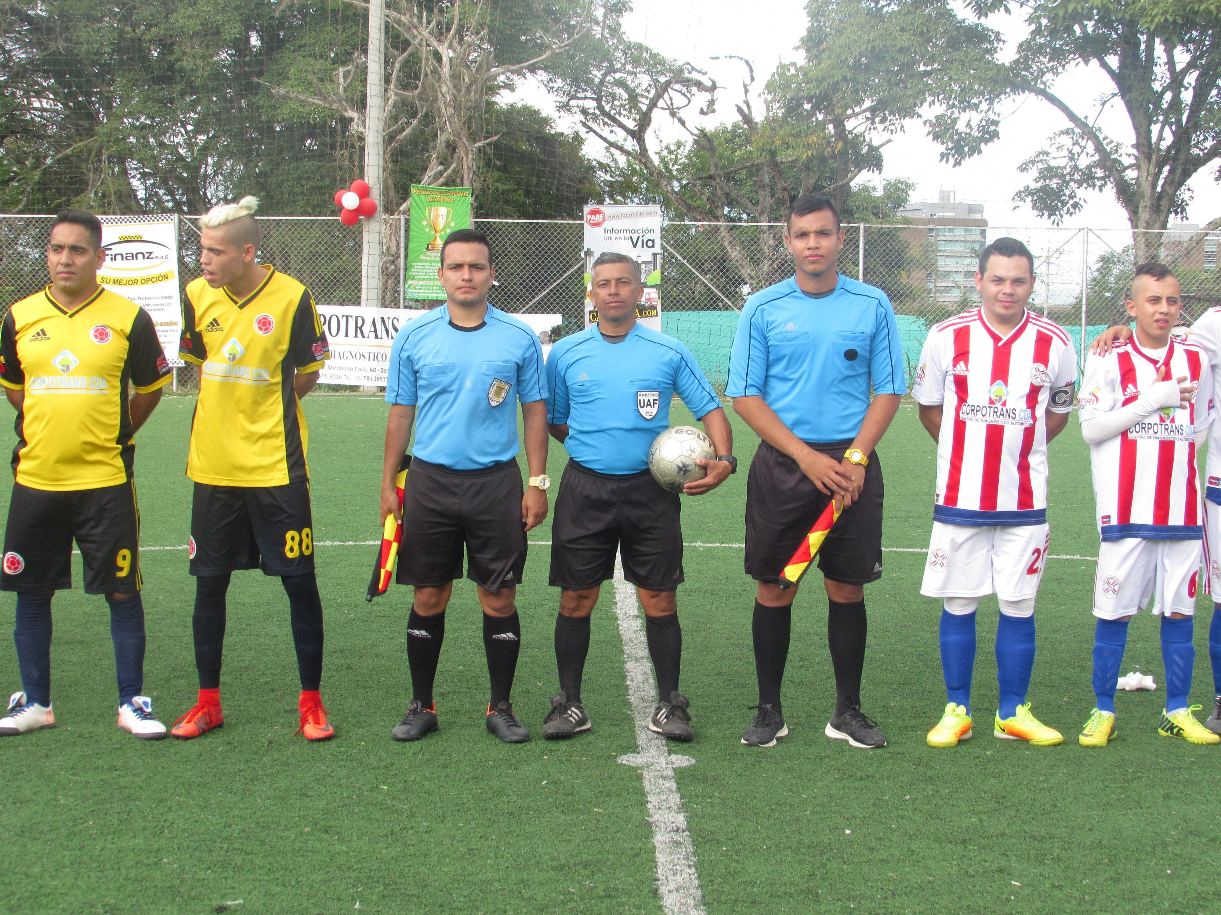 Paraguay: Campeón de la 'Copa América' de minifútbol para taxistas