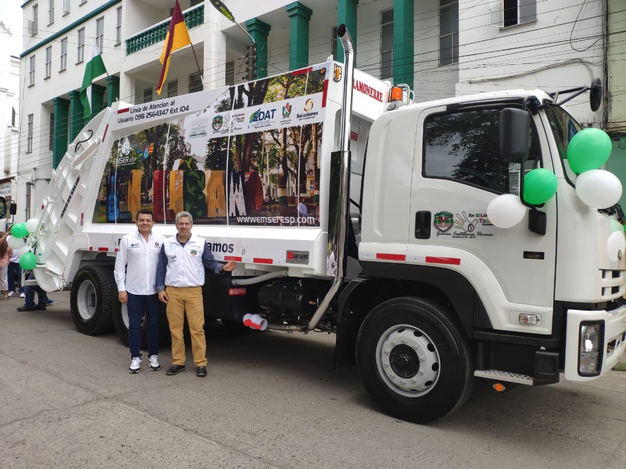 Nuevo camión recolector y compactador de basura para el Líbano