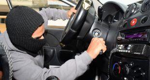Por cada 10 carros robados en el País, apenas se recuperan cuatro