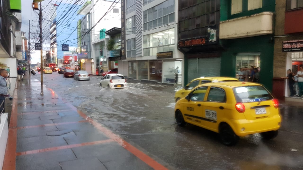 Fotos: En total, 23 emergencias se atendieron por tormenta y borrasca en Ibagué