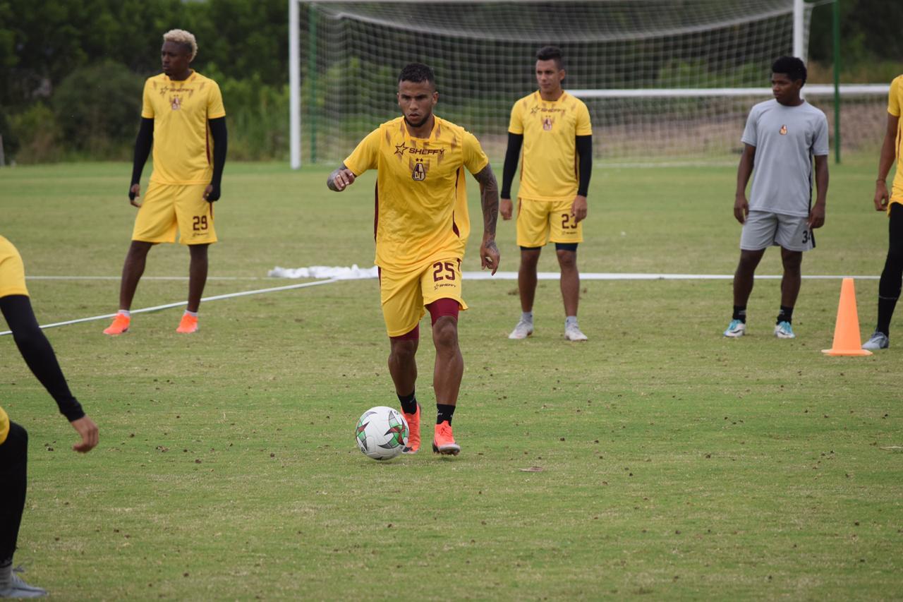 Llegaron Centeno y Nieto, dos refuerzos más para el Deportes Tolima