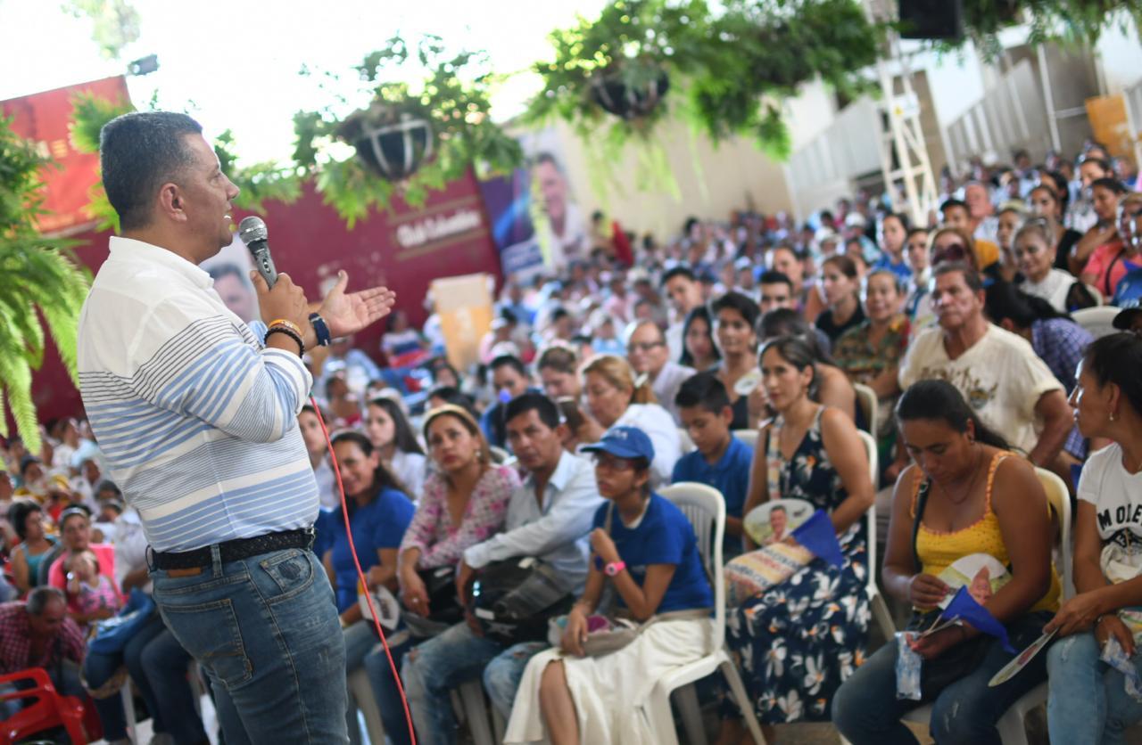 """""""Por encima de vías, salud y educación, los tolimenses reclaman empleo"""": Ricardo Orozco"""
