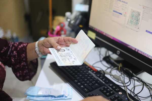 Aumenta el precio de los pasaportes en Colombia