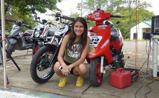 Gran recibimiento de los motociclistas de Ibagué para Wanda 'La Guerrera'