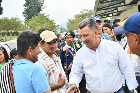 """""""La maquinaria nuestra siempre ha estado en la vía Prado-Dolores, atendiendo la emergencia"""": Gobernador del Tolima"""