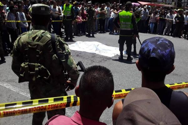 Dos muertos dejó violenta riña a cuchillo en 'Calle Larga' en Cajamarca