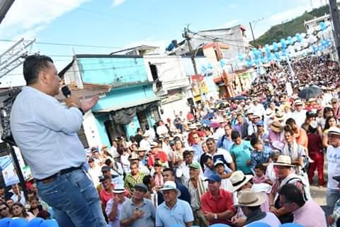 Ricardo Orozco se compromete a pavimentar la vía entre Mariquita y la Victoria, Caldas