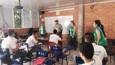 Policía, Icbf y Migración realizaron taller con estudiantes