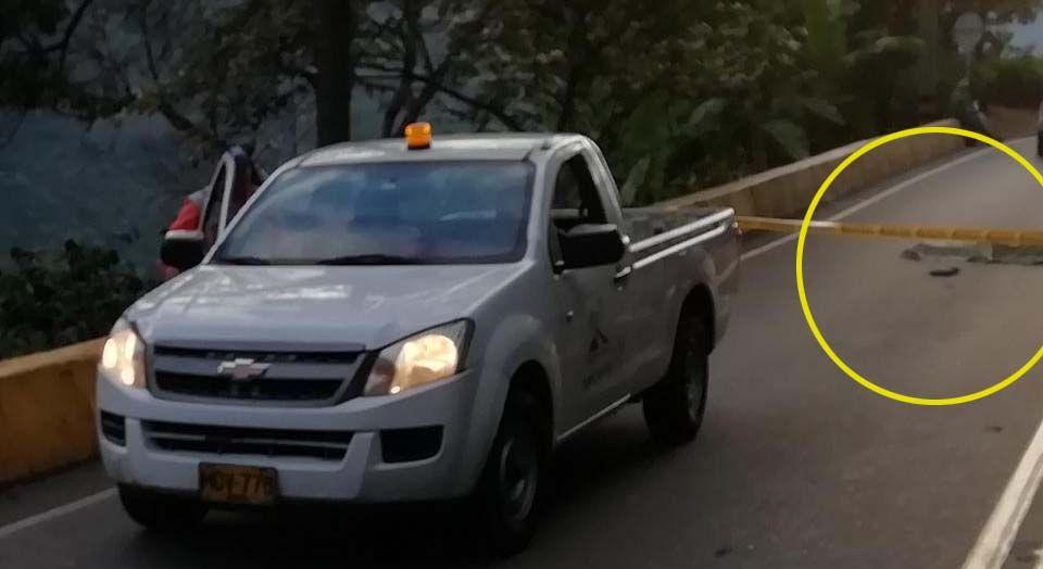 Venezolano cayó de un tracto camión y murió en la vía entre Ibagué y Cajamarca