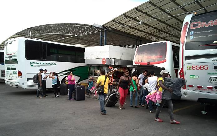 18 millones de pasajeros se movilizaron por tierra en la pasada temporada de vacaciones de mitad de año