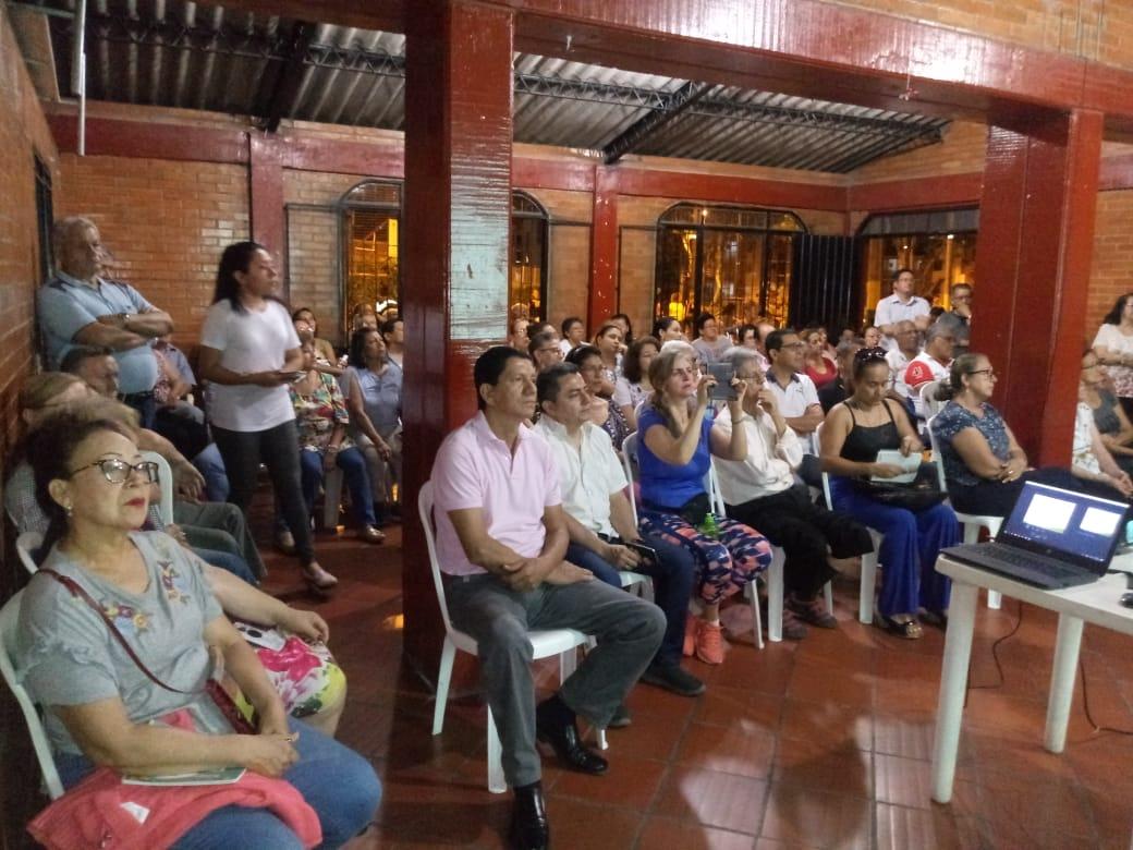 Socializadas en barrios aledaños obras de colectores en avenidas Mirolindo y Pedro Tafur